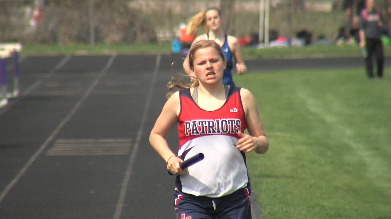The Adams Central girls 3200 meter relay wins the race at the Marsh Beck Invite in Minden, April 13, 2017 (NTV News)