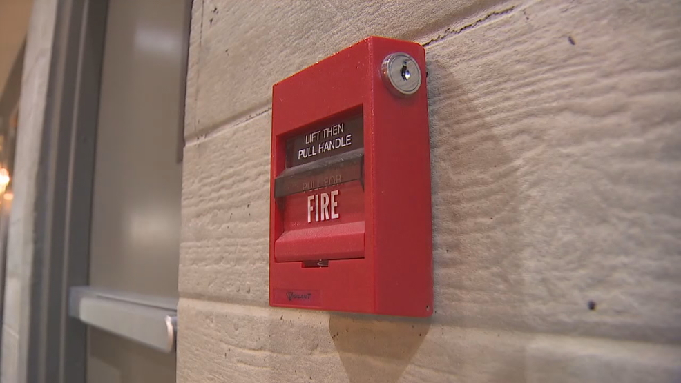 Fire alarms pulled as distraction to stage apartment burglaries | KOMO
