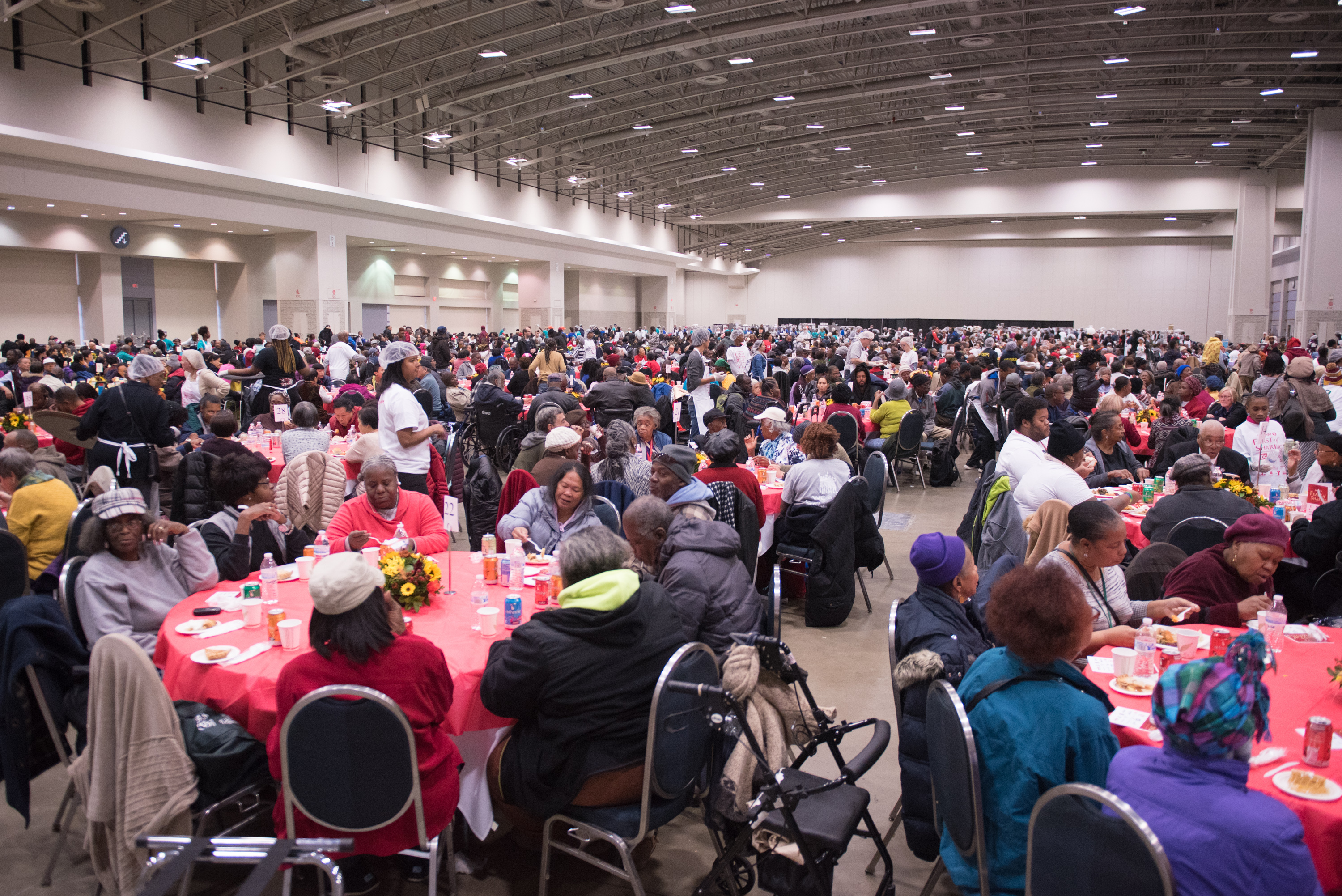 More than 5,000 city residents in need will enjoy a warm Thanksgiving meal at this year's Safeway Feast of Sharing. (Image: Courtesy Events DC)