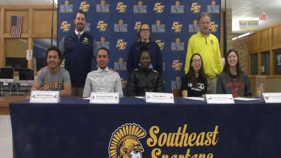 SOUTHEAST SIGNING 4.jpg