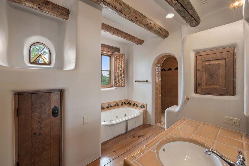 The Dominion San Antonio >> Photos: George Strait's San Antonio home for sale | KMYS