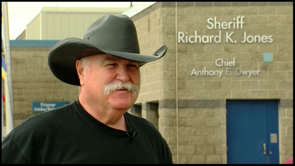 Ohio sheriff offers free concealed carry classes to teachers