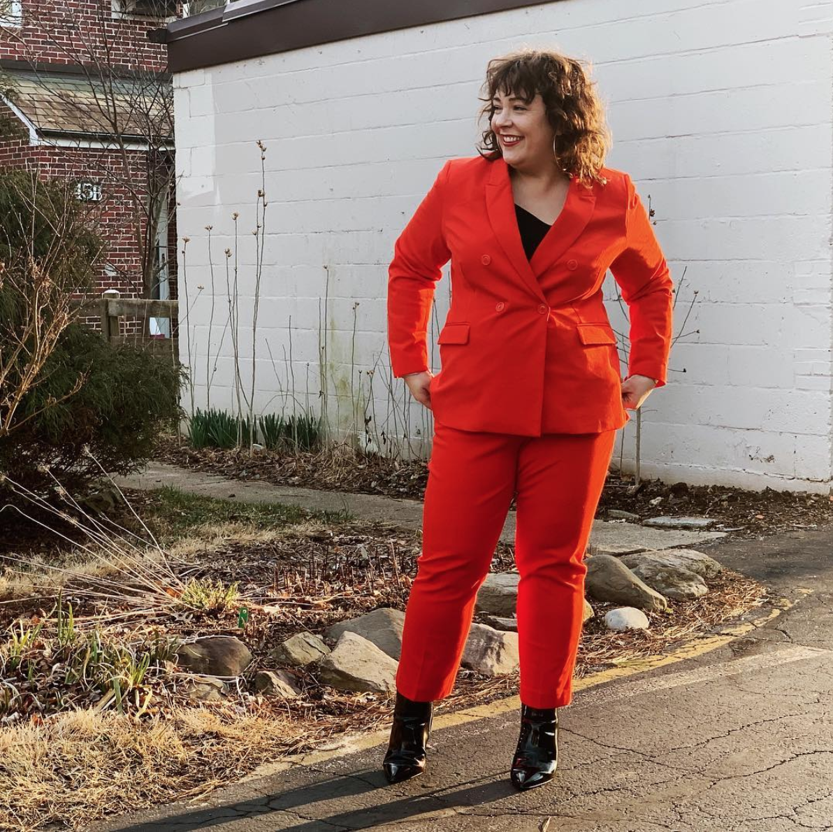 Don't be afraid to take that bold color and incorporate it into a power suit - and this suit is plenty powerful.  (Image courtesy of @wardrobe_oxygen)