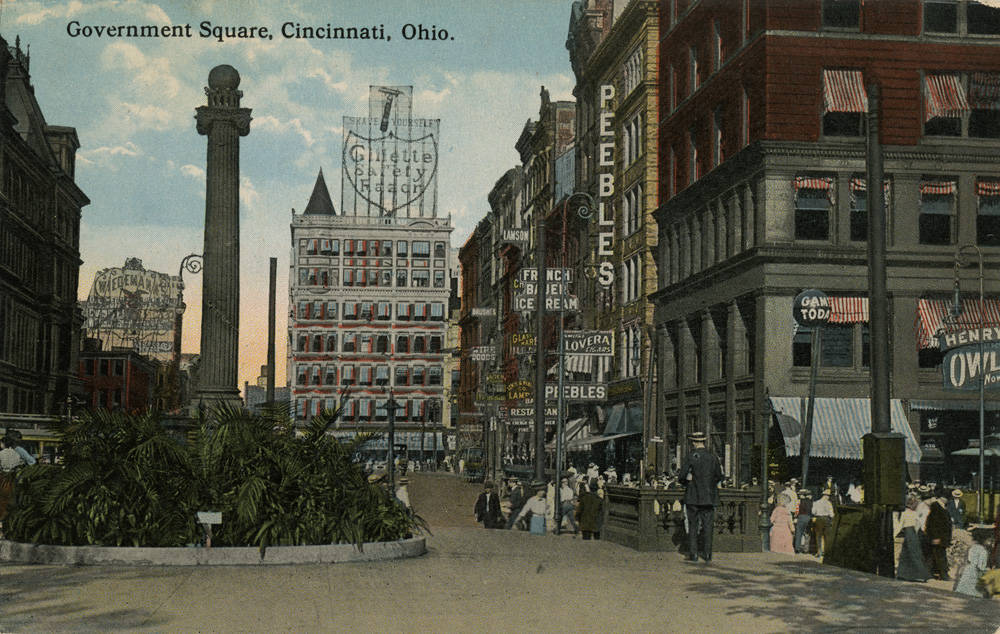 Looking east on Fifth Street from Fountain Square toward Government Square / From the collection of the Public Library of Cincinnati and Hamilton County - Clyde N. Bowden postcard collection / Image courtesy of the Public Library of Cincinnati and Hamilton County // Published: 9.27.18
