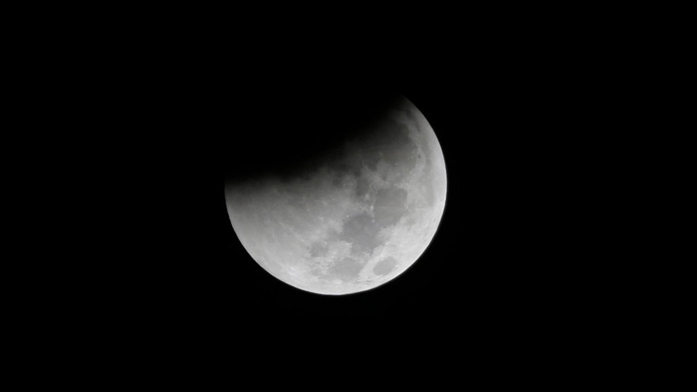 Partial lunar eclipse visible from Ohio Fourth of July weekend