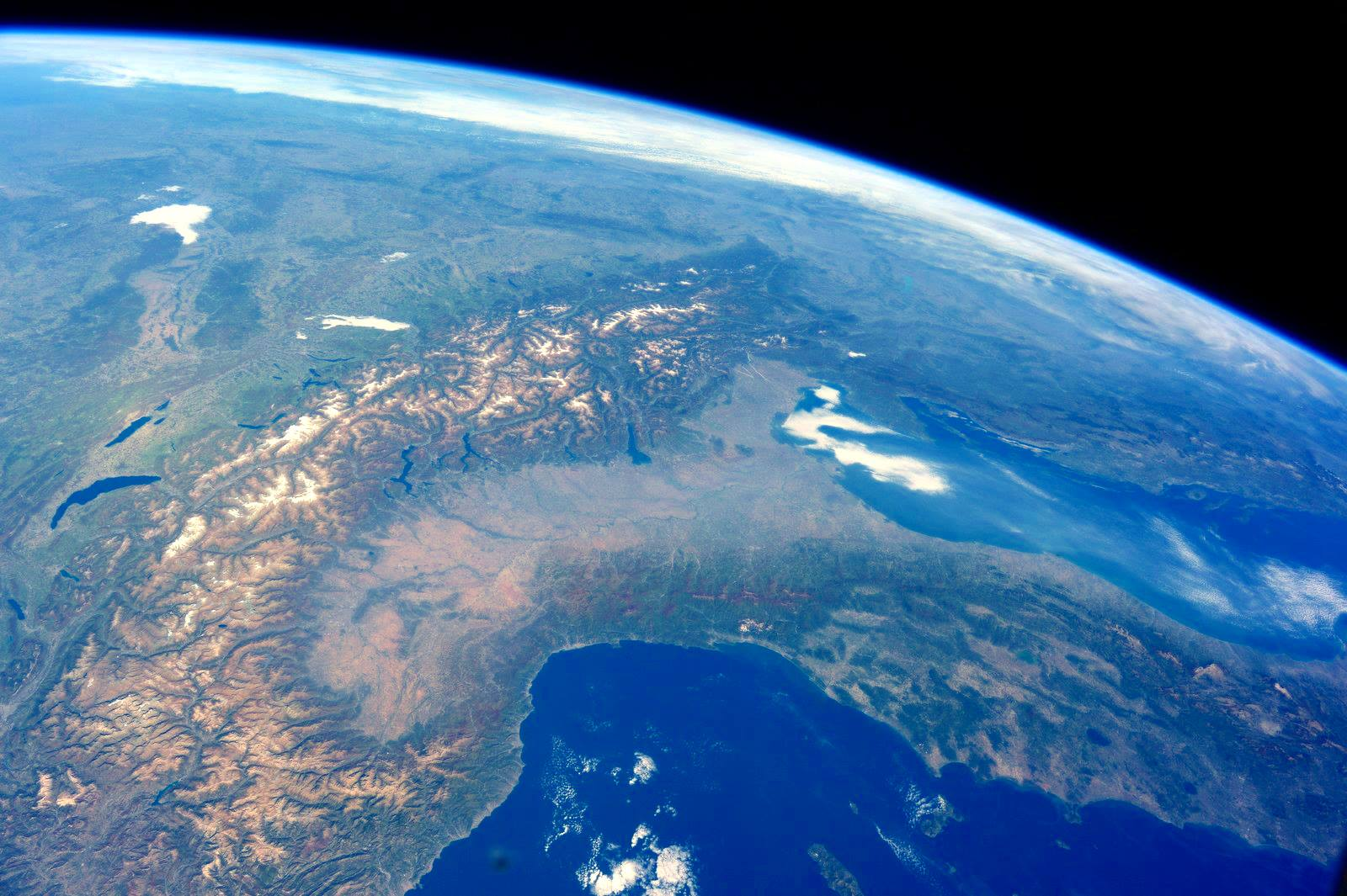 Photos Incredible Pics Of Earth As Seen From The International Space Station