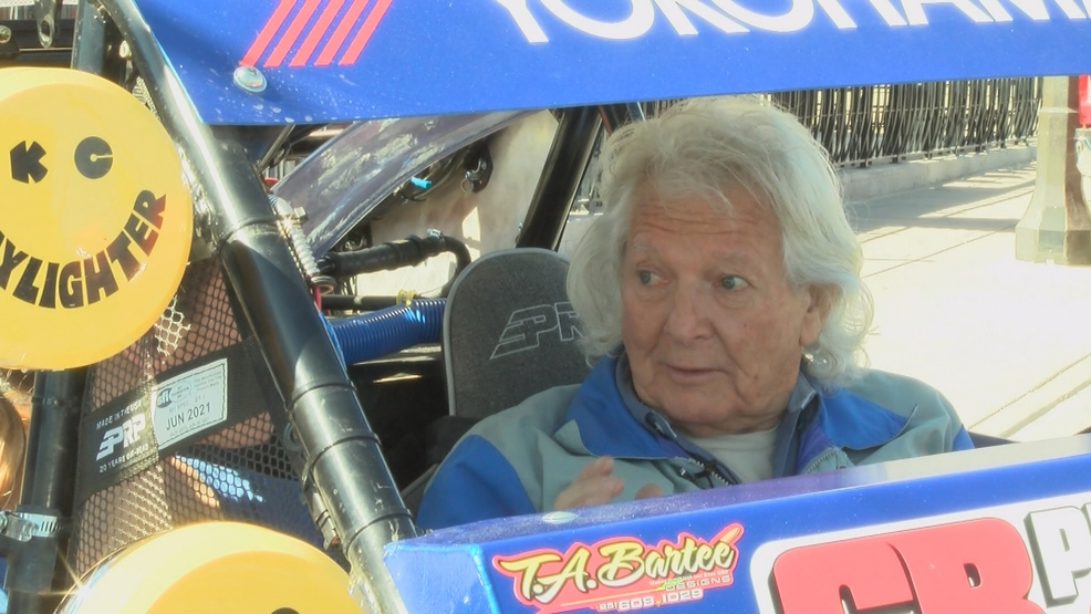 81-year-old Las Vegas man to race in Mint 400