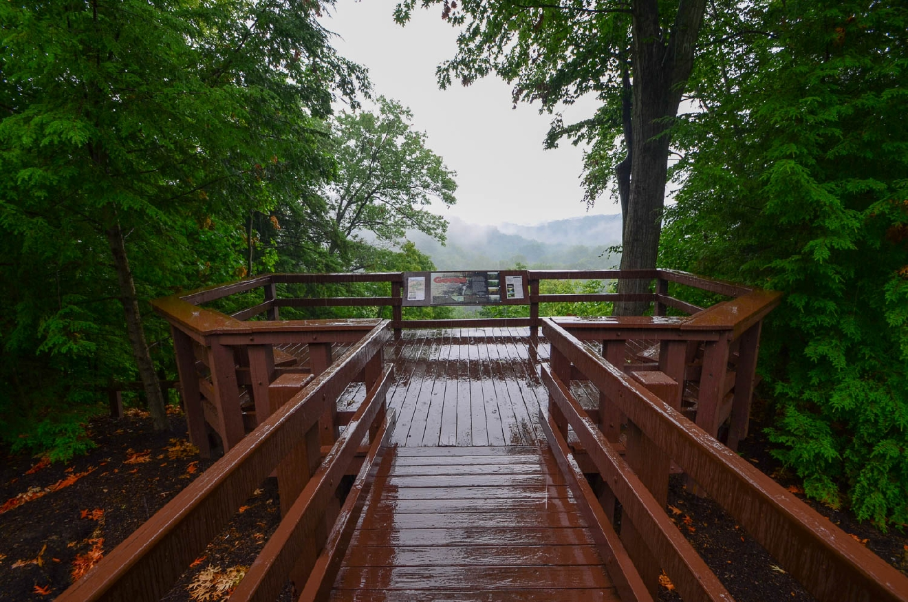 Cleveland isn't so bad! Just take a look at Tinker's Creek Gorge Observation Deck! / Image: Sherry Lachelle Photography
