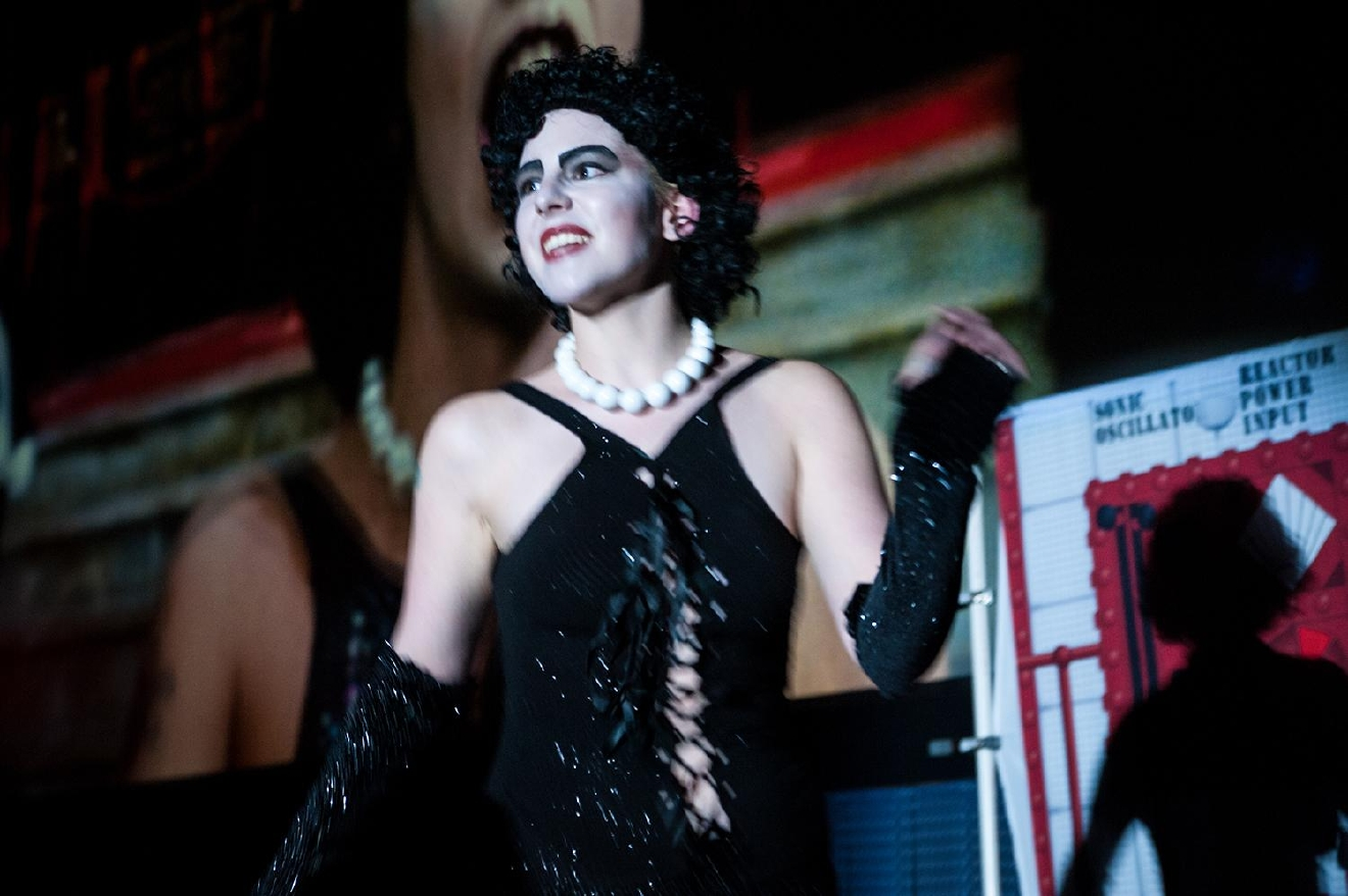Dr. Frankenfurter (played by Alyssa) during his dramatic first appearance of the show. / Image: Melissa Doss Sliney