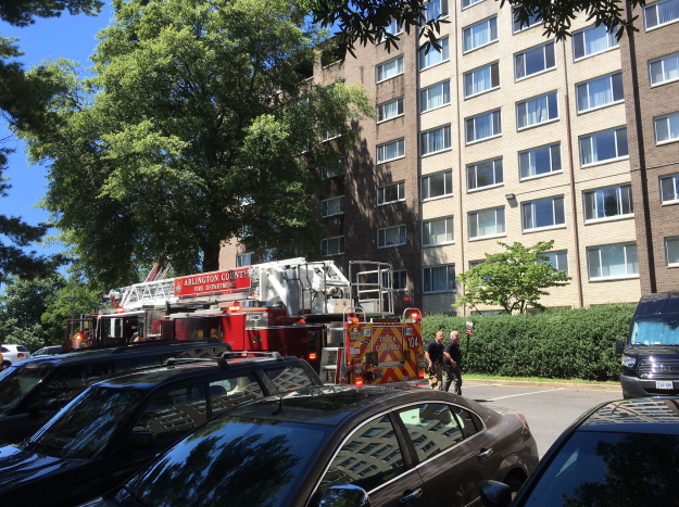 A fire started at an Arlington apartment Saturday. (Photo, ABC7)