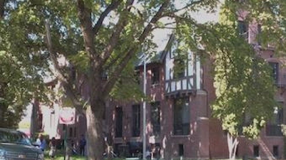 University Of Idaho Student In Stable Condition After Fall From Roof