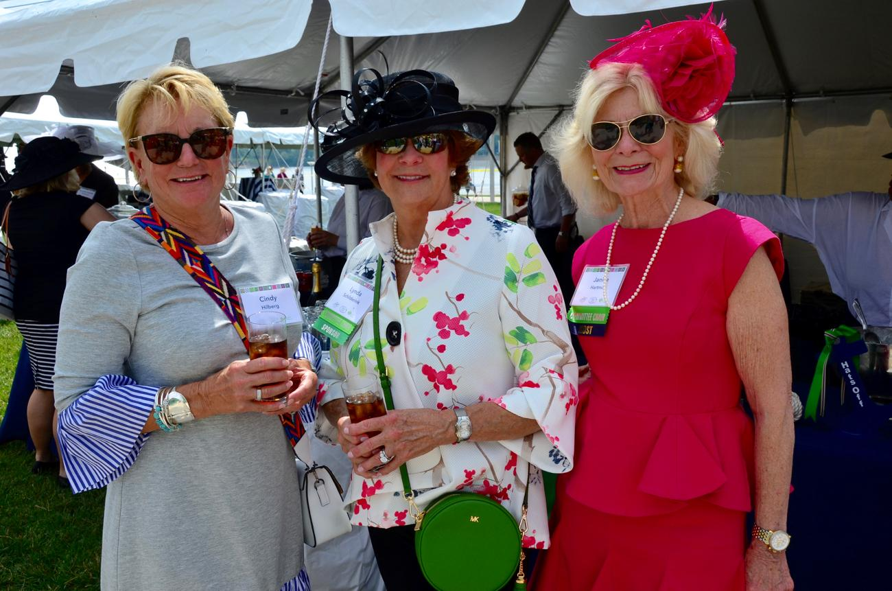 Cindy Hilberg, Lynda Schilderink, and Janice Hartman / Image: Leah Zipperstein, Cincinnati Refined // Published: 5.18.18
