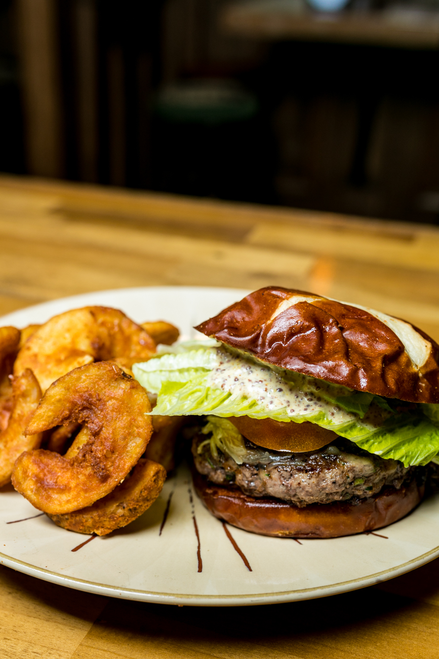 The Briogaid Burger: 6 ounces of certified Angus beef grind, Irish cheddar cheese, lettuce, tomato, onion, and mustard-mayo served on a Brioche bun  with Irish potato chips / Image: Amy Elisabeth Spasoff // Published: 4.29.19