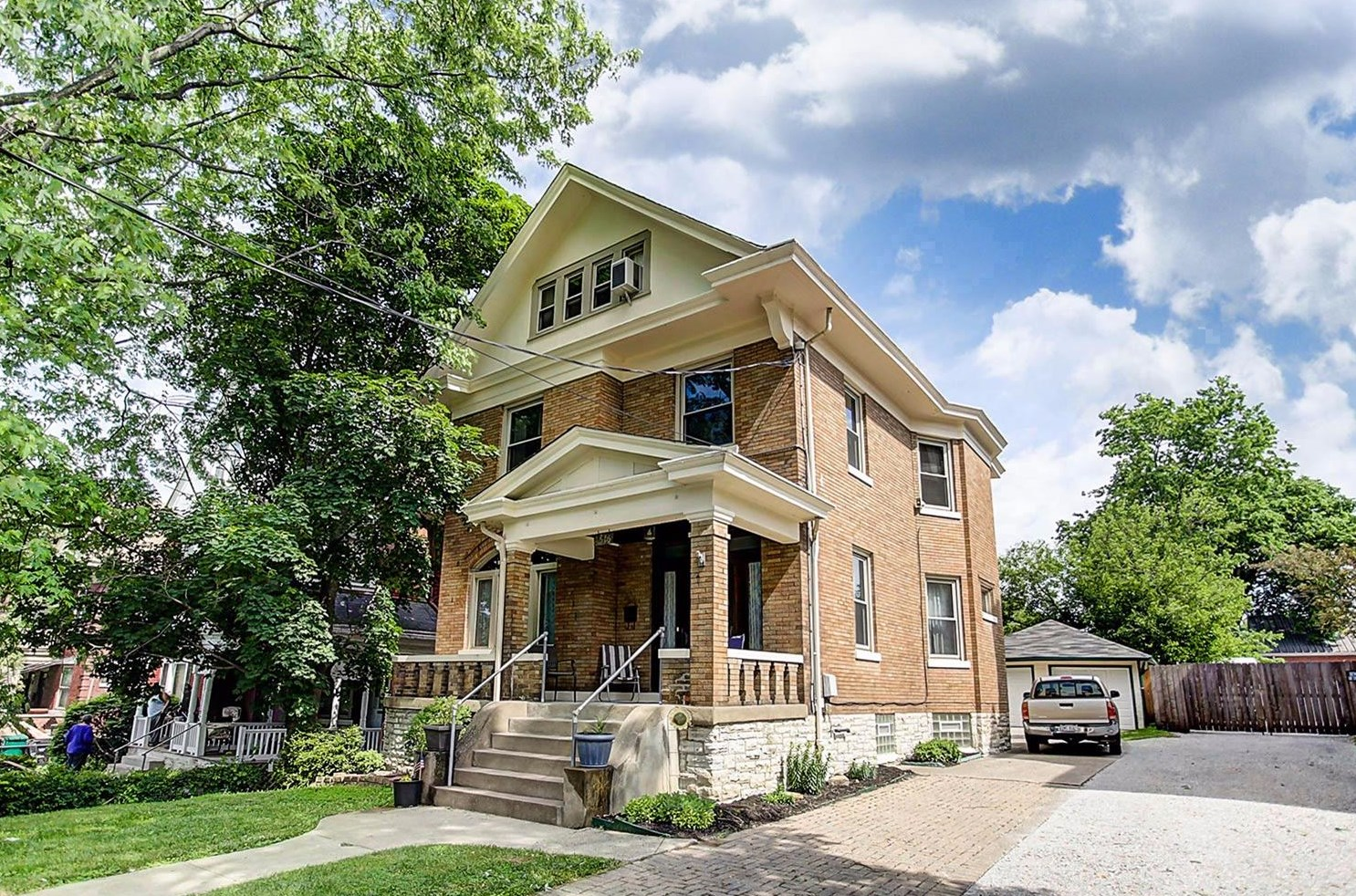 "PICTURED: a home in Walnut Hills. Three neighborhoods Cincinnati realtors agree are on track to be the ""next OTR"" due to their perfect mix of walkability, historic charm, and cool restaurants and shops are Walnut Hills, Northside, and Covington. / Image: Coldwell Banker // Published: 8.5.17"