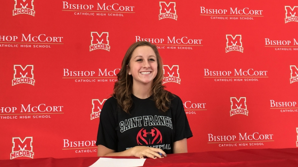 Hoops standout Haley Thomas signs with Saint Francis