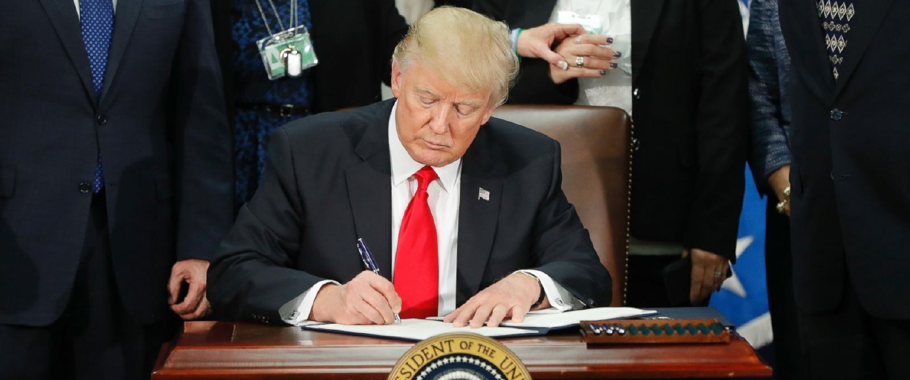 trump_-_signing_executive_order_on_wall_and_immigration_ap_photo-pablo_martinez_monsivais.jpg