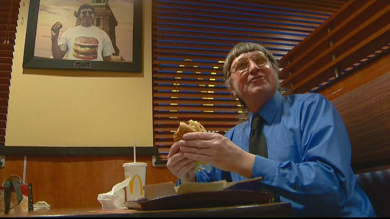 mc donald men Donald macdonald, producer: caddyshack donald macdonald was an actor and producer, known for caddyshack (1980), jaws 2 (1978) and die laughing (1980) he died on june 17, 2014 in california, usa.