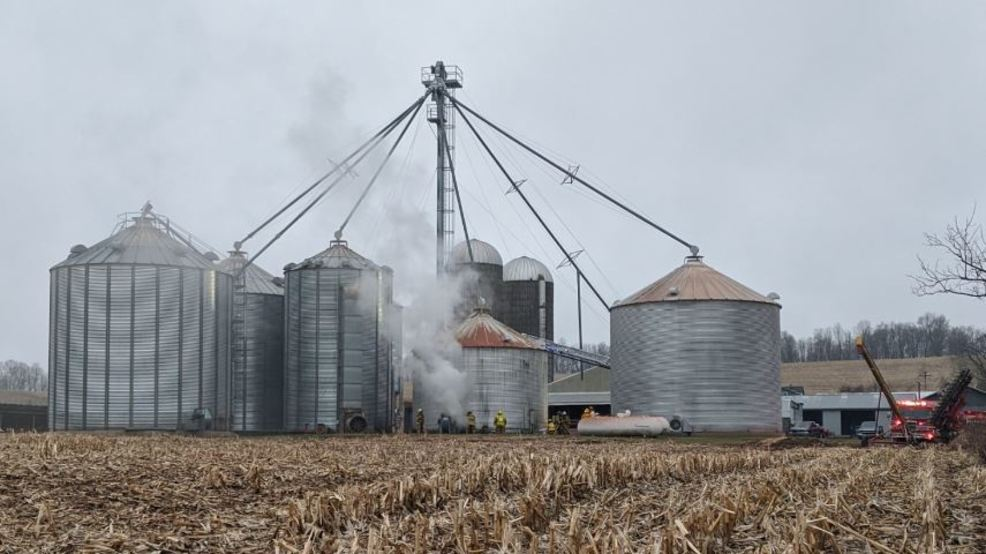 Firefighter suffers minor injury battling silo blaze in Ontario County