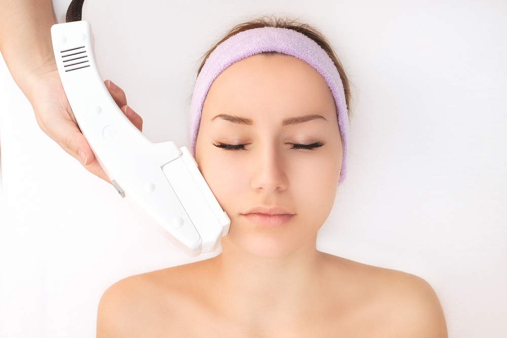 The use of IPL or PhotoFacial , Intense Pulse Light, is a pretty sure fire way to get rid of pigmentation on the skin.  (Image: Courtesy of IPL @ Photofacial)