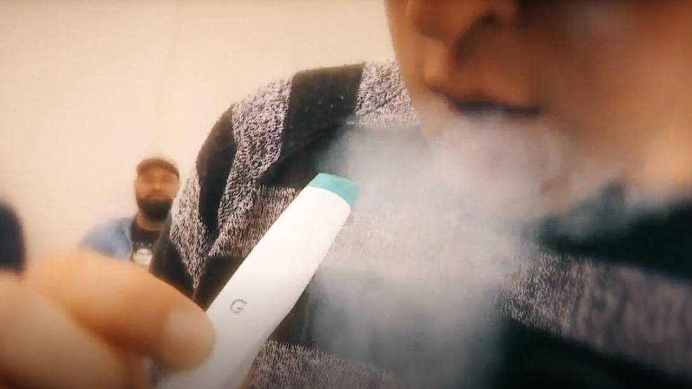 Local health officials optimistic about proposed plan to raise minimum vaping age to 21 - News3LV thumbnail