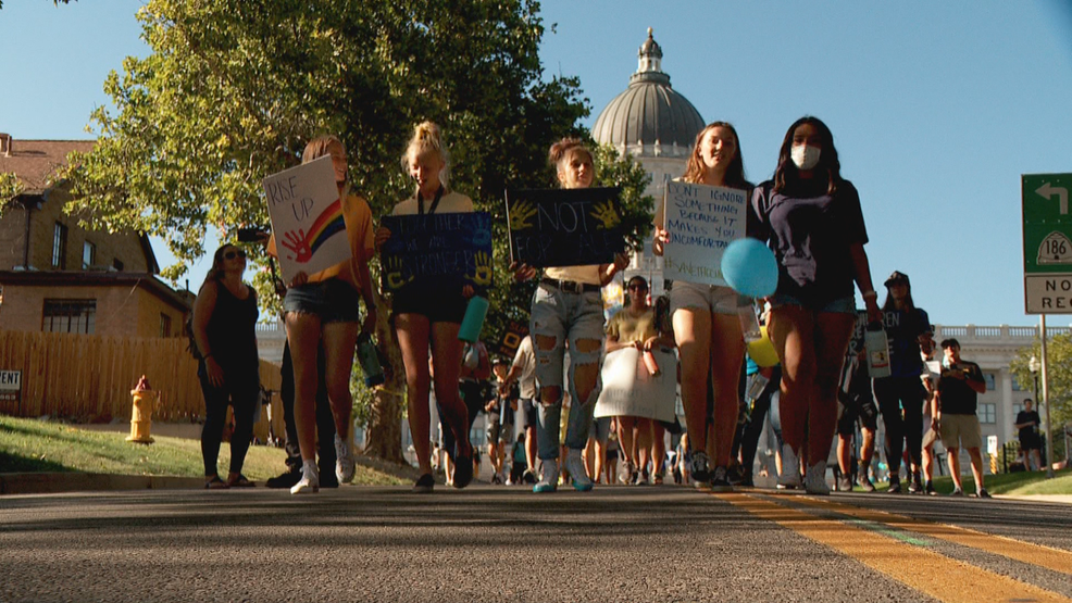 Utahns raise awareness on World Day against Trafficking in Persons