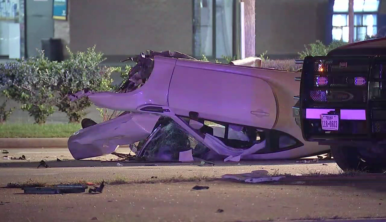 Harris County deputies believe a driver was going around 140 miles an hour when he crashed Thursday morning in north Houston. (Image/video courtesy: KTRK)