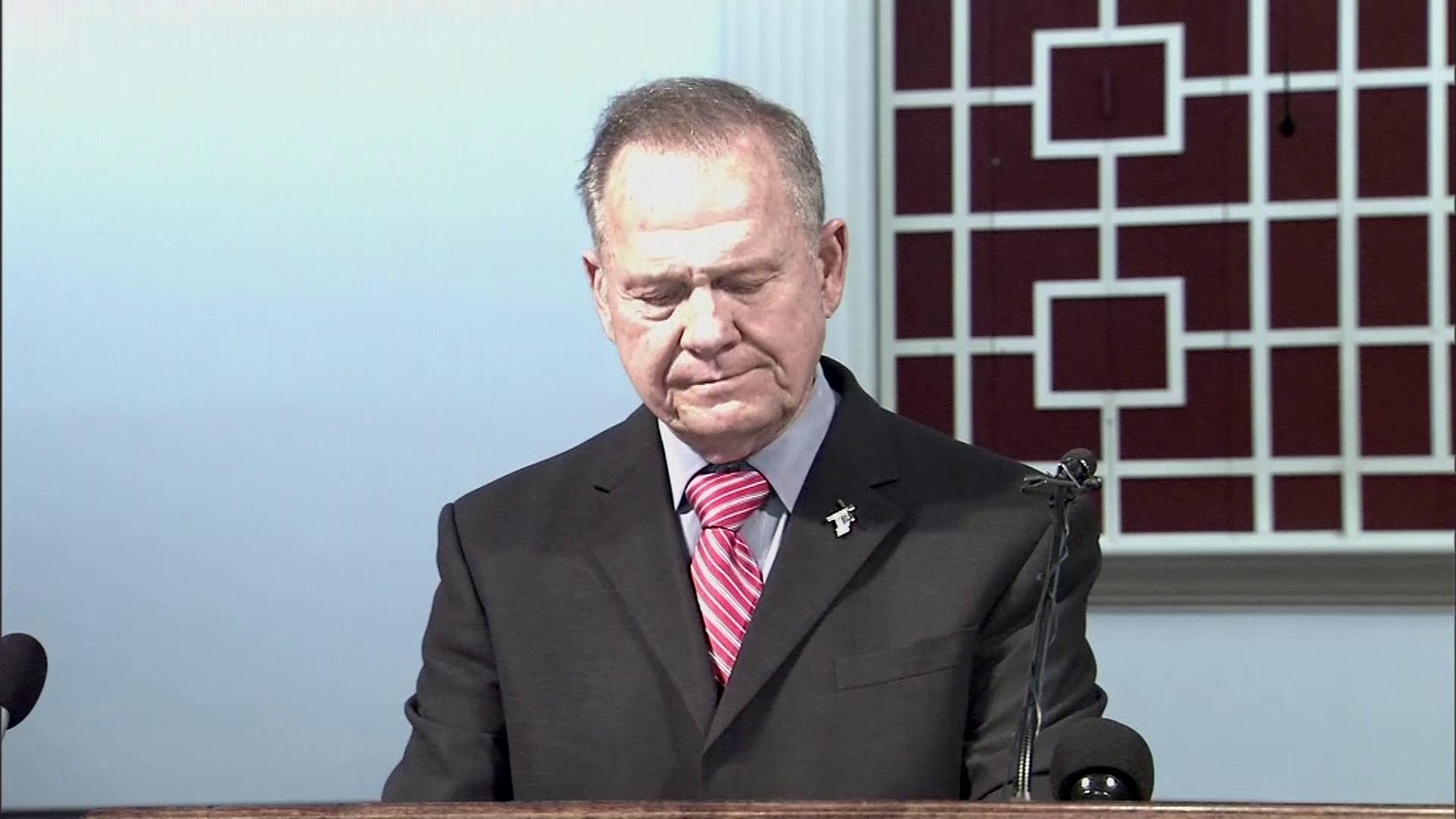 Roy Moore is interrupted during a church service, photo: SBG<p></p>