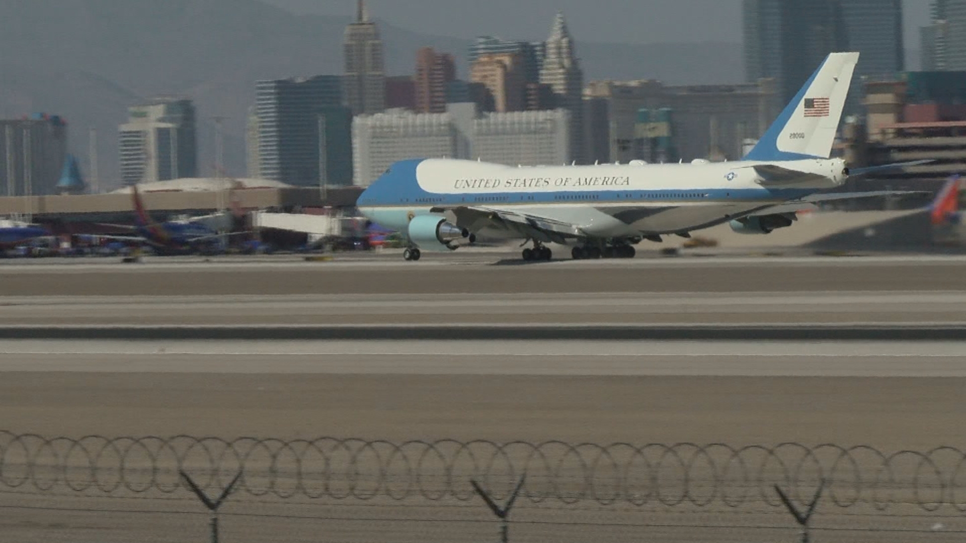 Air Force One takes off Wednesday, Oct. 4, 2017. from McCarran International Airport in Las Vegas. (Bradford Boyer/KSNV)