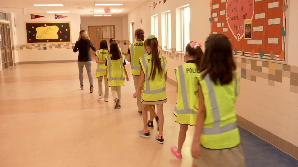 SISD safety patrol program provides lesson in helping ...