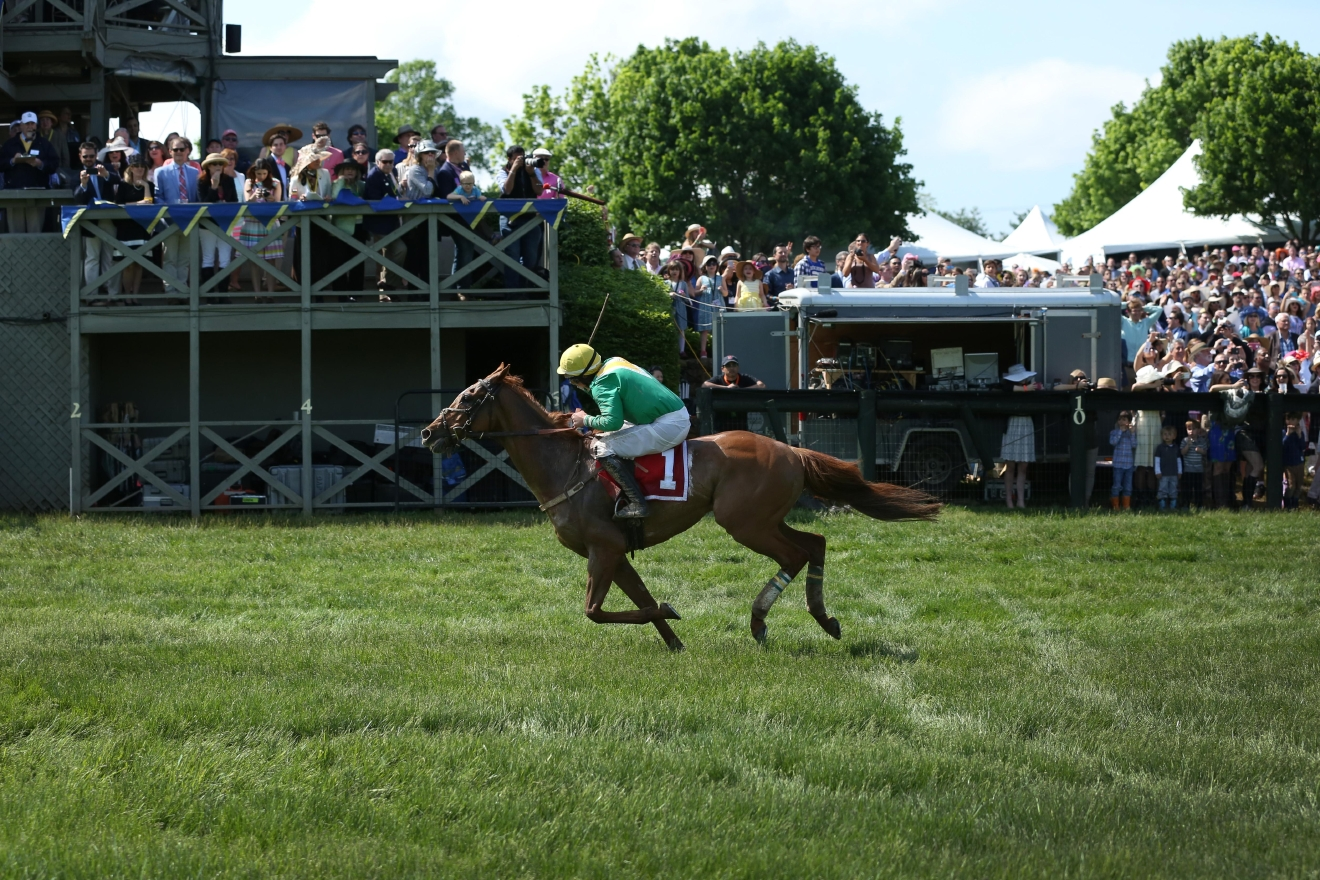 The first-place horse making a breakaway to win the Virginia Gold Cup. (Amanda Andrade-Rhoades/DC Refined)