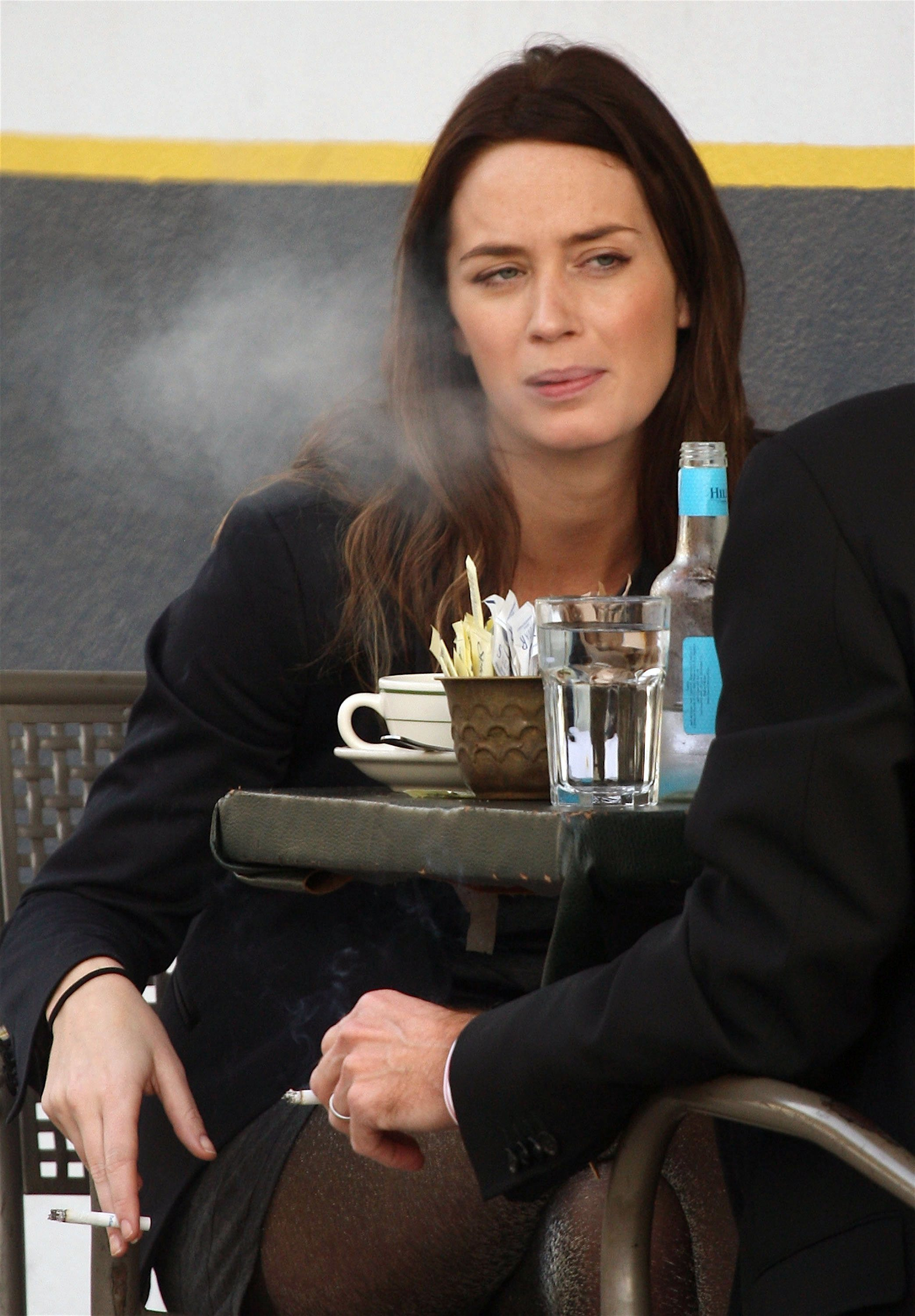 Emily Blunt enjoys coffee and cigarettes with a friend outside La Conversation cafe in West Hollywood Los Angeles, California - 08.12.08  Where: Los Angeles, California, United States When: 08 Dec 2008 Credit: WENN/Apega/Agent47