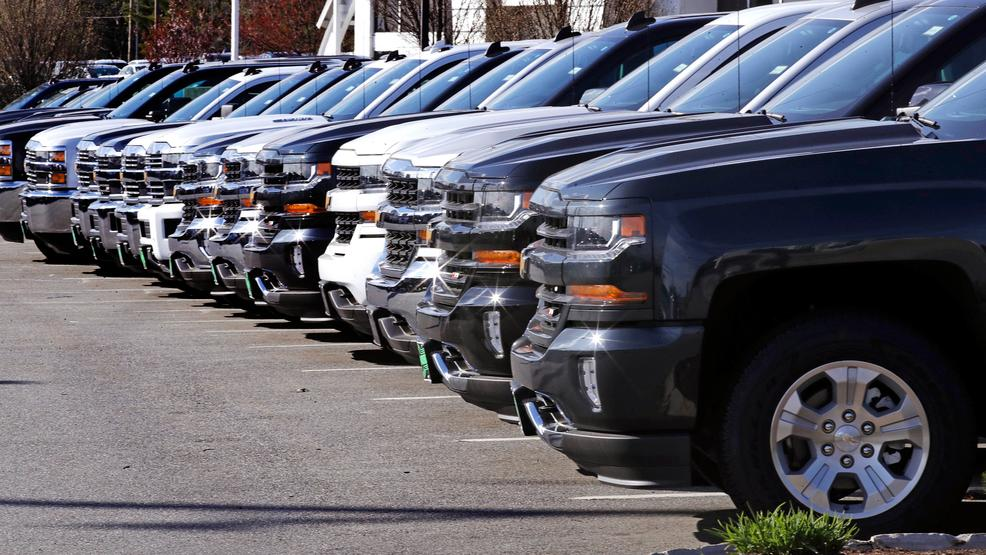 Auto sales, believed to have dropped in 2017, remain strong   KOMO