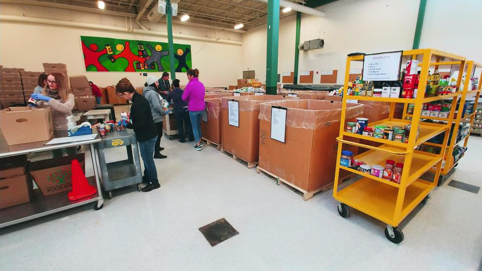 Ri Community Food Bank Hosts Annual Open House And Food Drive Wjar