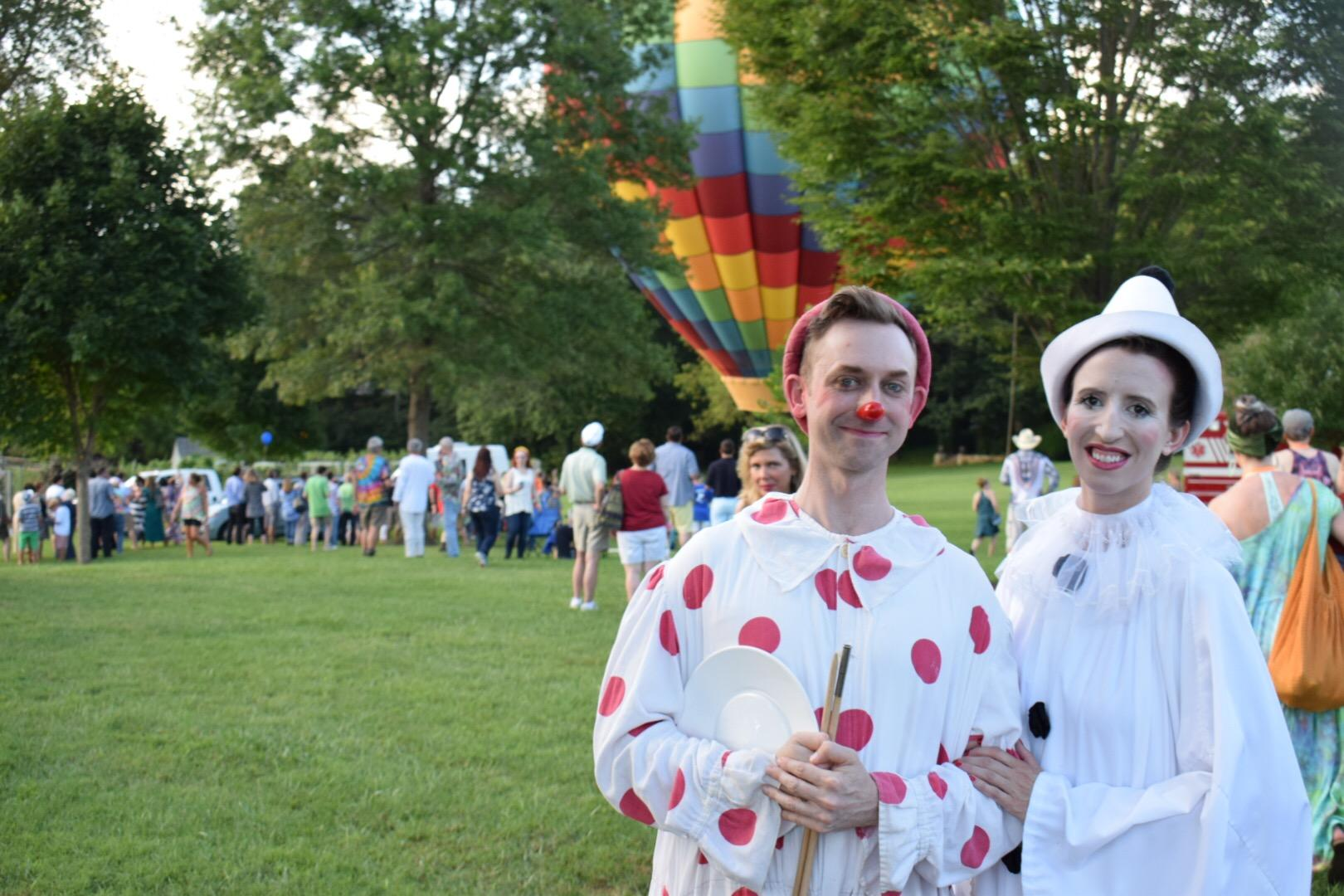 "Live entertainment acts and music were other main draws for Sunday's ""Innstock"" party.{ }(Image: Tim Ebner / DC Refined)"