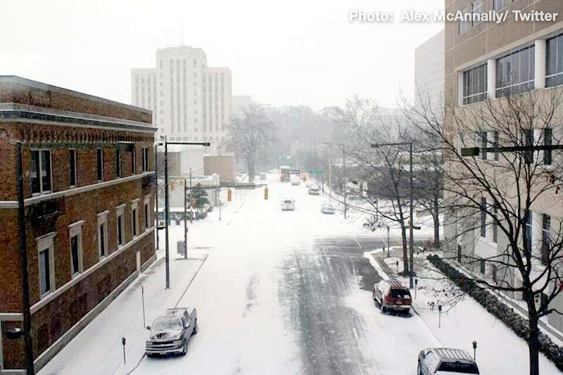 Photo showing downtown Birmingham during a winter storm, Tuesday, January 28, 2014.
