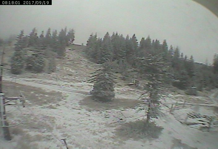 A dusting of snow on Bogus Basin's Showcase chair.