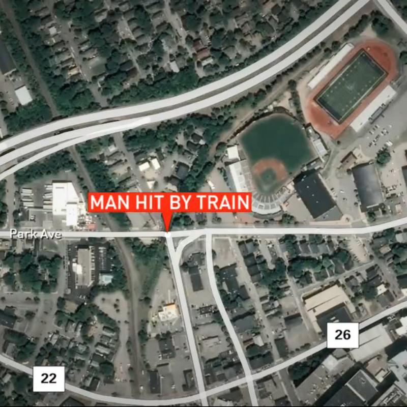 Portland Police Say Man Was Struck By A Train Wgme