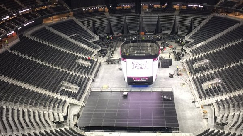 Traffic gets mixed reviews at new T-Mobile arena | KSNV