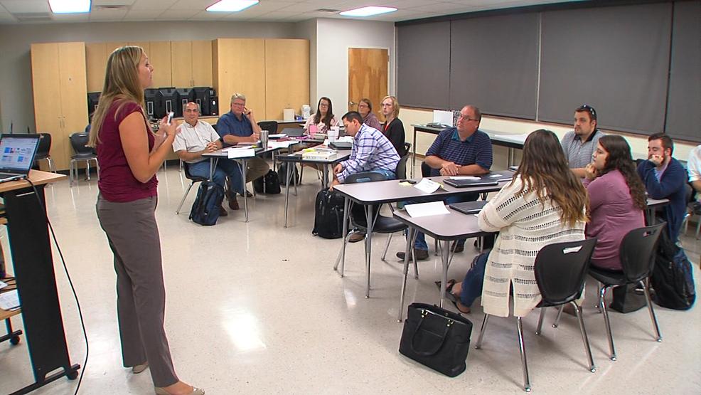 Emergency Certification New Teachers Learn The Ropes Ktul