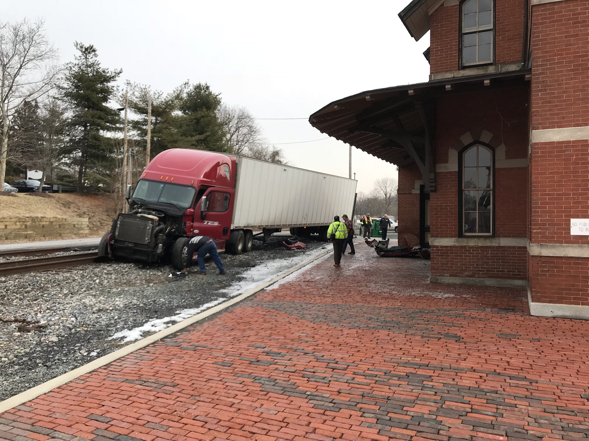 A semi-truck collided with a CSX train in Point of Rocks, Md.{&amp;nbsp;} Friday, Feb. 9, 2018 (Kevin Lewis/ABC7){&amp;nbsp;}<p></p>