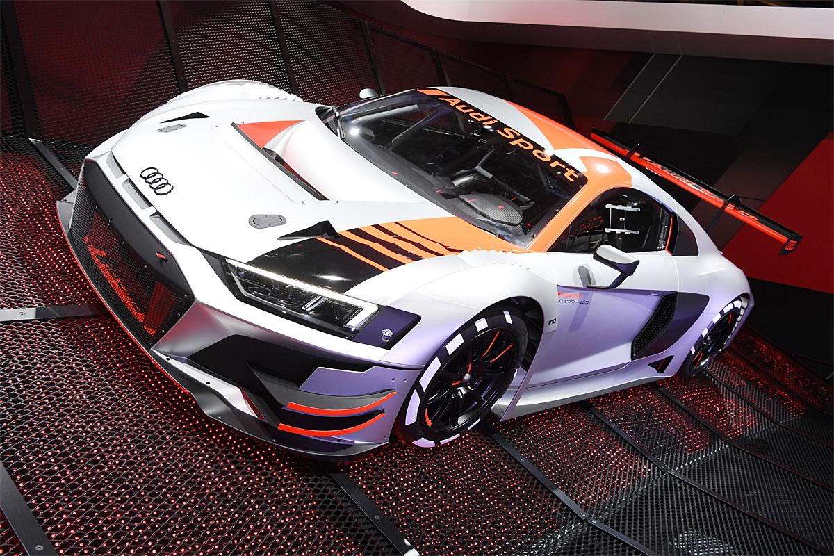 02 October 2018, France, Paris: The Audi R8 LMS for customer sport will be presented at the Paris International Motor Show on the 1st press day. From 02.10. to 03.10.2018 the press days will take place at the Paris Motor Show. It will then be open to the public from 04.10. to 14. October. Photo: Uli Deck/dpaWhere: Paris, Île-de-France, FranceWhen: 02 Oct 2018Credit: Uli Deck/picture-alliance/Cover Images