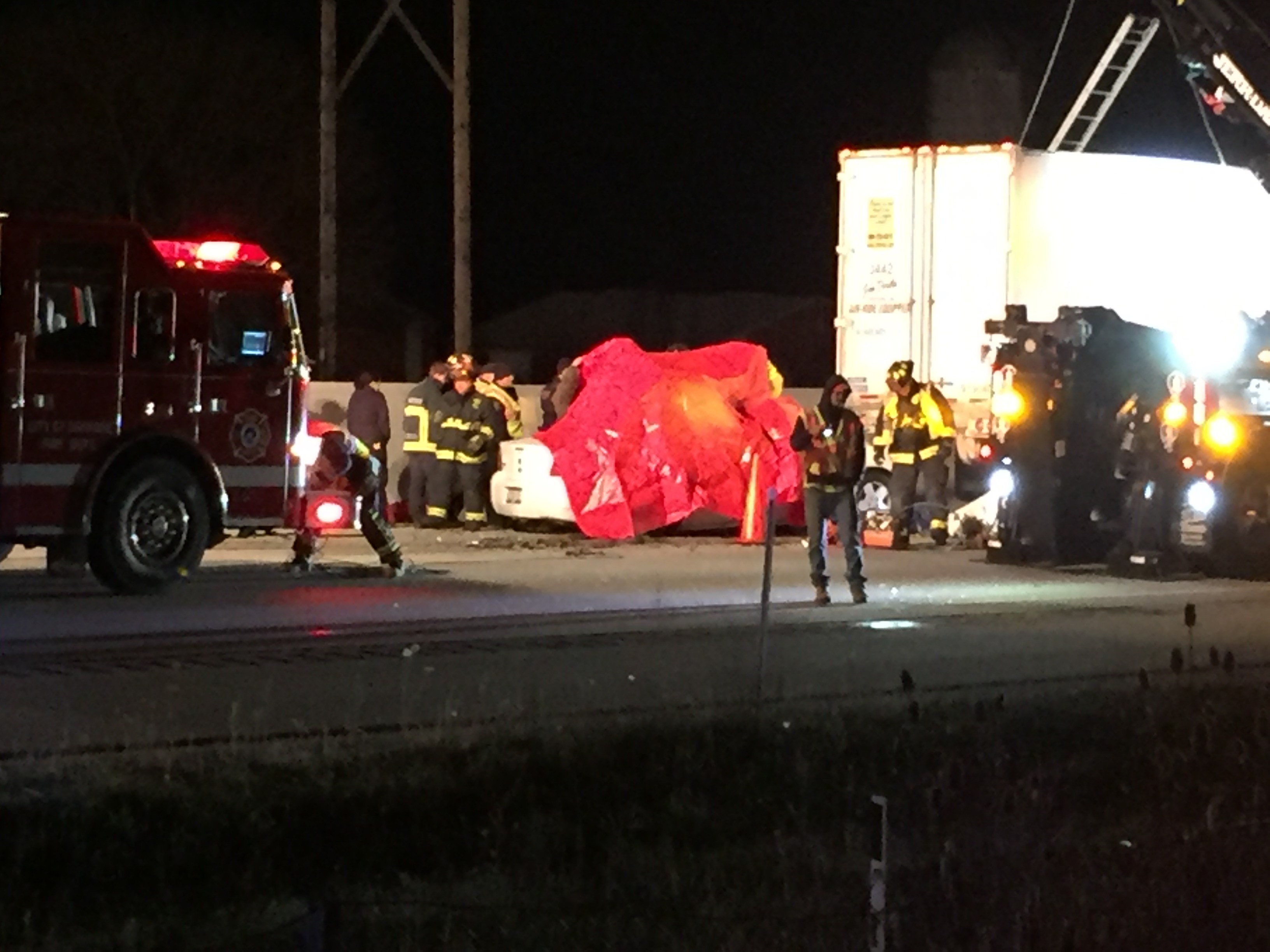 A crash on I-41 near Mile Marker 112 in Oshkosh, October 31, 2017. (WLUK/Andy Harbath)