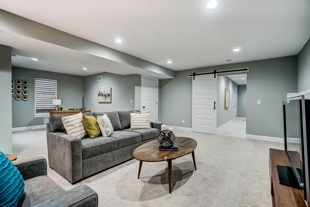 136 Dorsey Street is a 3-bed, 2.5-bath, 2,600-square-foot home in Mt. Auburn with high-end finishes, private balcony, patio, 2-car garage, and more. The view of Downtown and the surrounding region is one of the best you can find on the market. It's listed for $699,000. / Image courtesy of Kelly Gibbs, Coldwell Banker // Published: 12.28.18