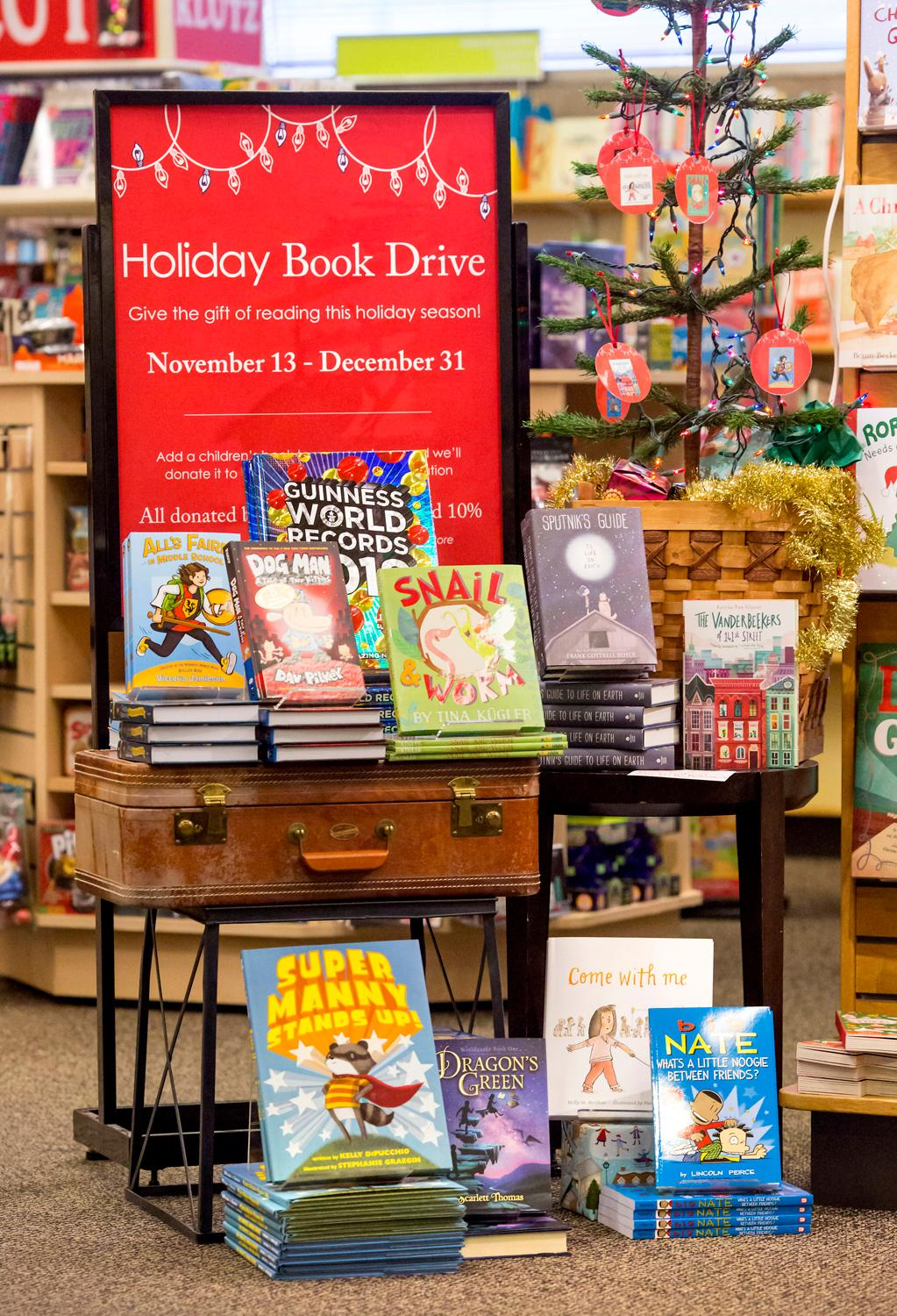 University Book Store is one of the most beloved destinations for Seattle book-lovers of all ages, but we wanted to take a moment to highlight their awesome gift selection this season! Shop for the Husky fans in your life, grab a few stocking stuffers, or treat yourself to some fragrant candles. For more great gifts, head to their Flagship store in the University District or any of their other locations around Puget Sound. If you find something that you love, share it with us by using #MakeSpiritsBright! (Image: Sy Bean / Seattle Refined)