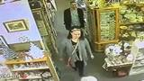 Thieves hit Delaware antique stores, lifting thousands in gold, silver