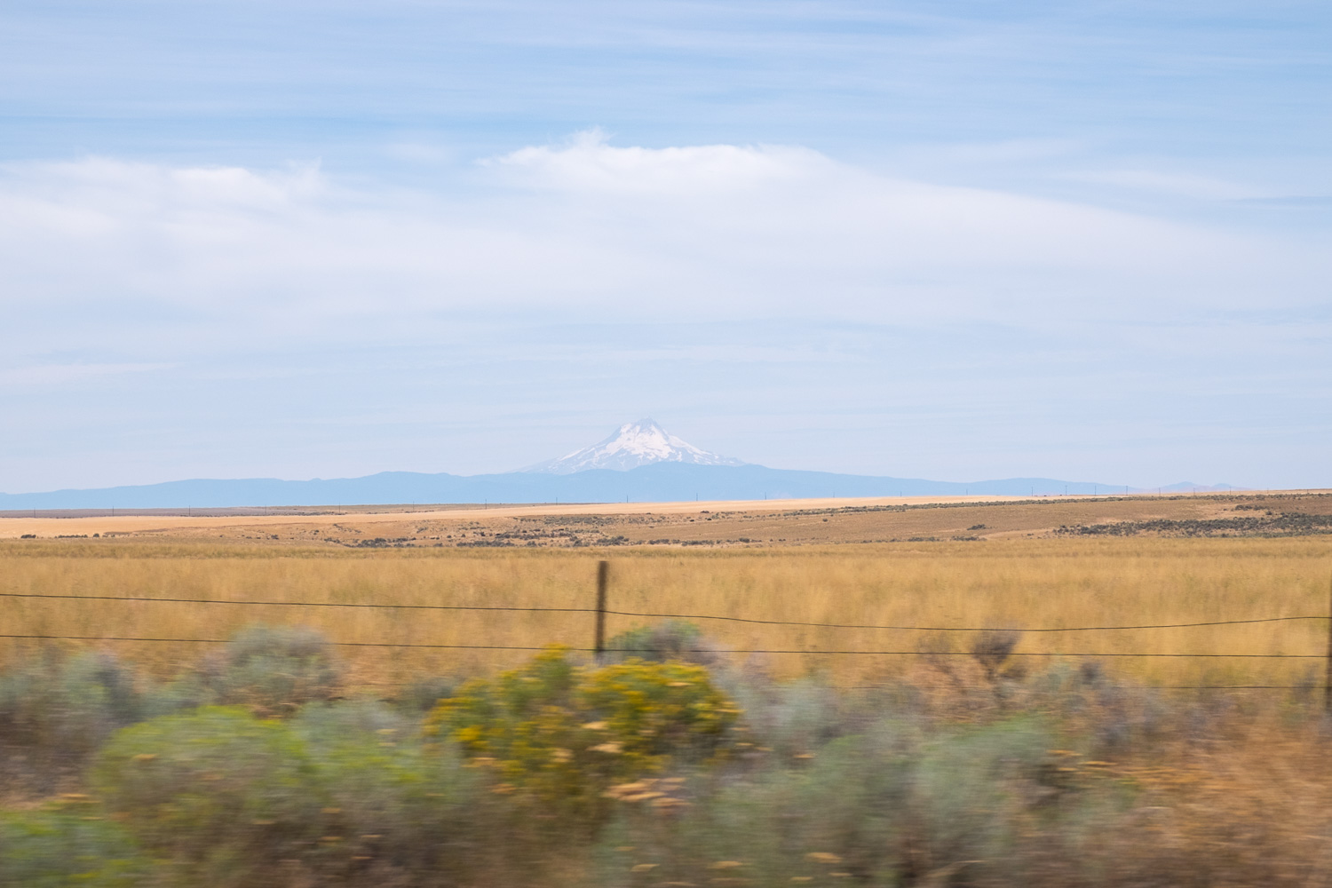 Great view of Mount Hood as head through Eastern Oregon.  Oregon Solarfest (Image: Paola Thomas / Seattle Refined)