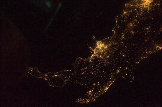 Night shot of Italy. A little grainy but it gives you the idea of how incredible a view we have (Photo & Caption courtesy Rick Mastracchio (@AstroRM) and NASA)