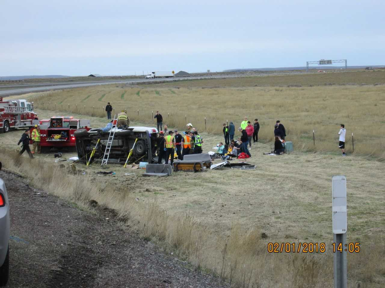 Youth group recovers after van crashes near Hermiston