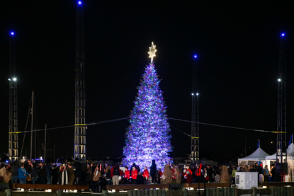 santa claus was on hand to light up the wharfs first christmas tree on december 1 - Christmas Lights In Dc
