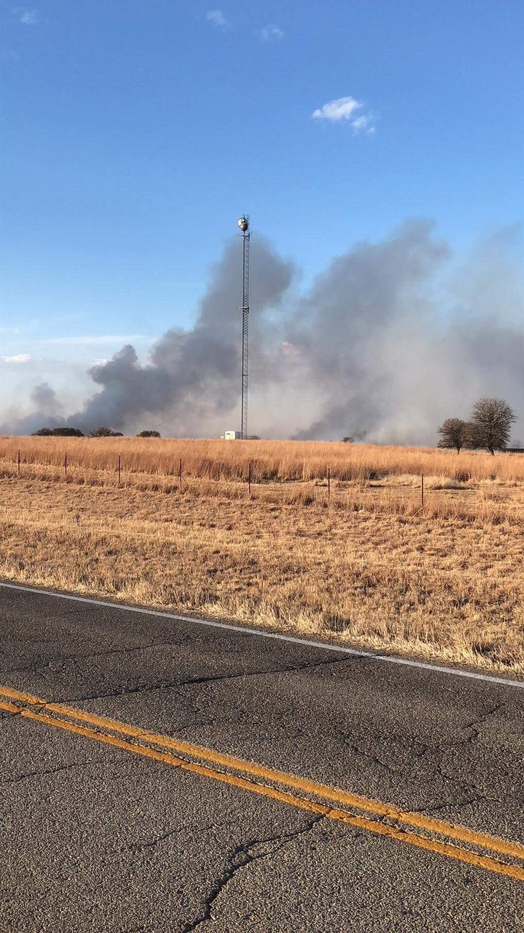 Firefighters battle grass fire near Hominy (Courtesy of Sabrina Edwards)<p></p>
